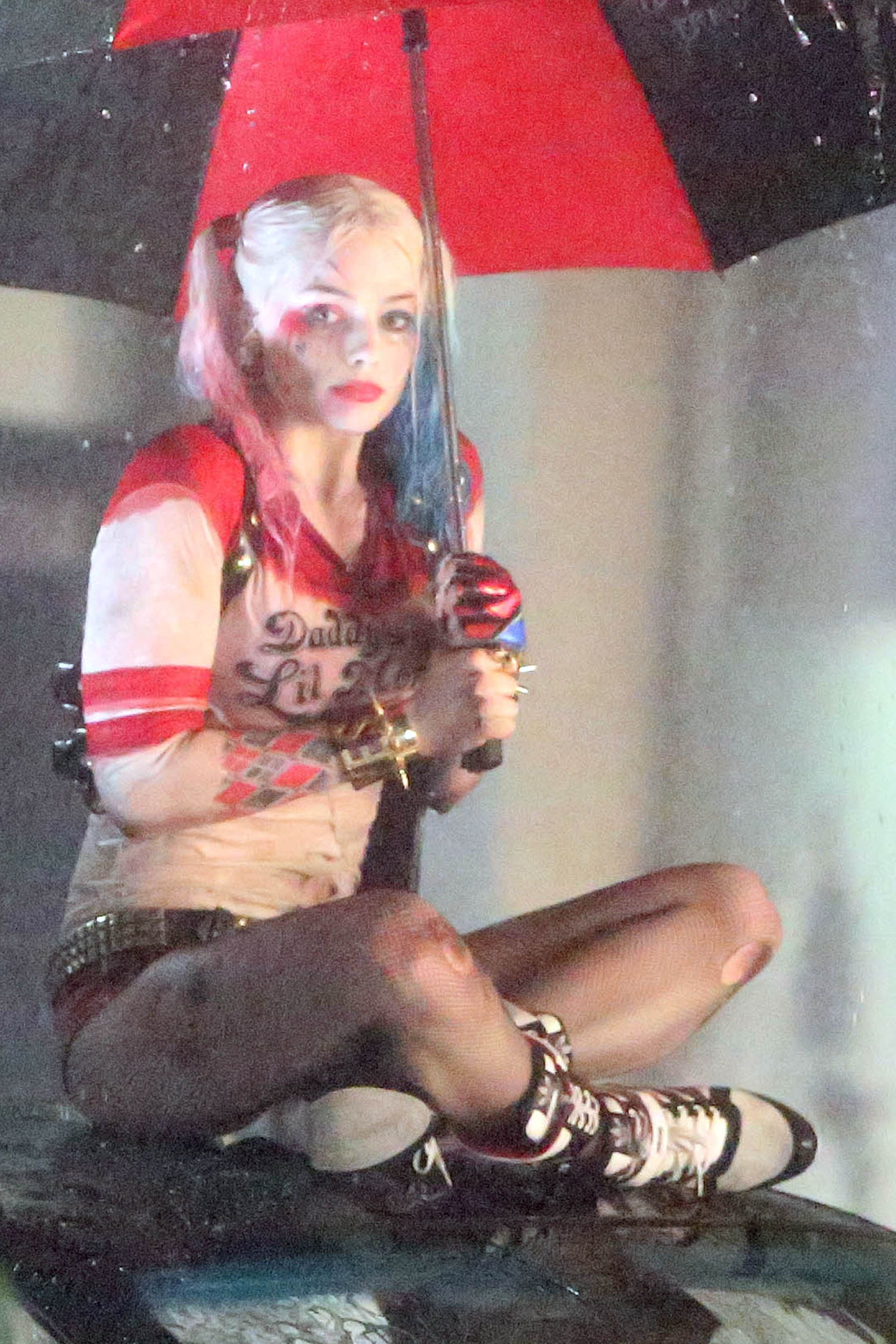 Margot Robbie 'Harley Quinn' Suicide Squad Set Photos