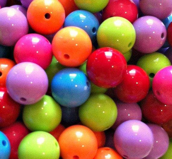 WHOLESALE 105pcs Gumball Chunky Beads 20mm White Acrylic Beads Mixed Color Assortment