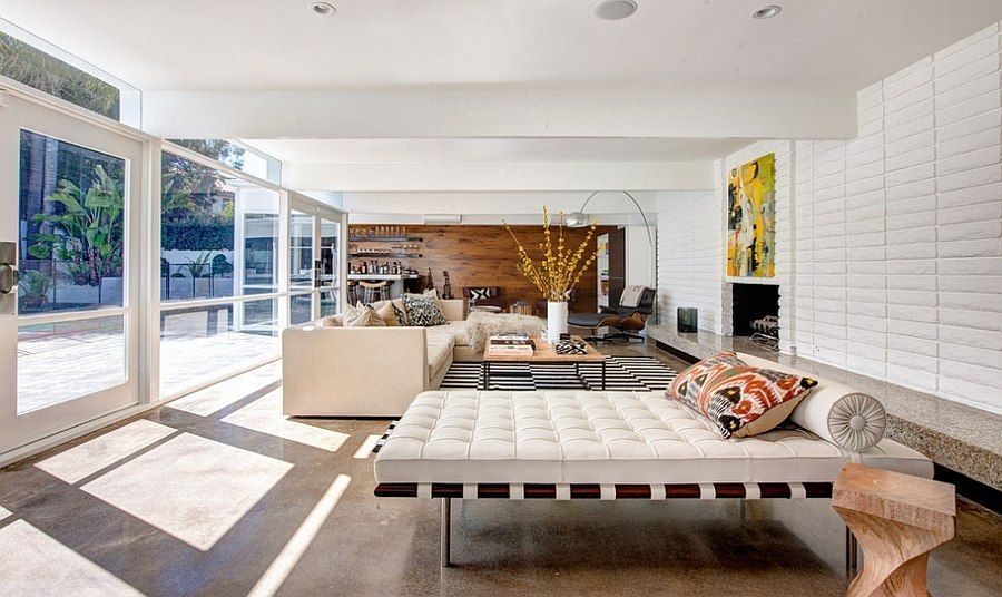 Open Living Room With A Mid Century Modern Style   Decoist