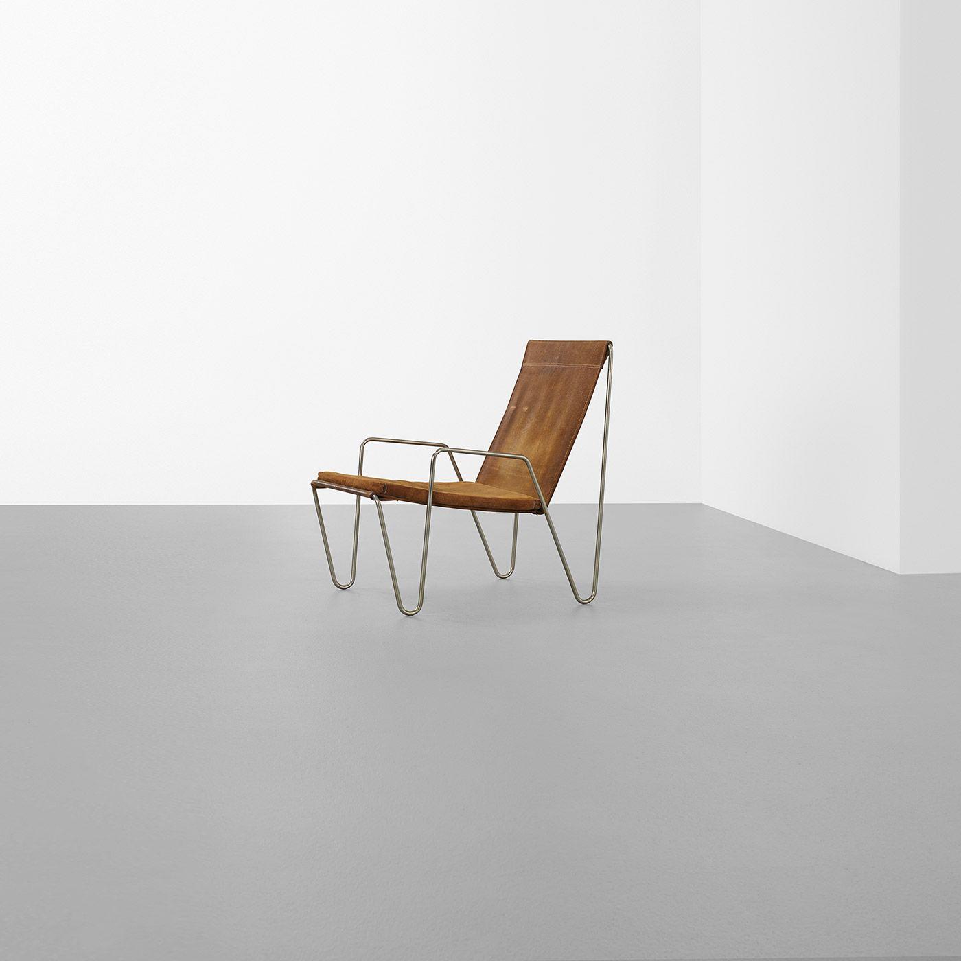 287: Verner Panton Bachelor chair, model 3351 < Living