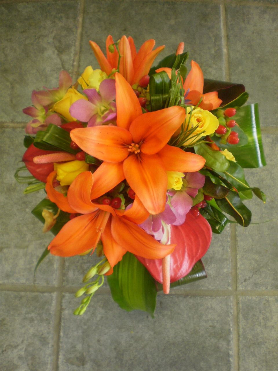 Hawaiiweddingflowerbouquets Bright And Tropical Round Bouquet