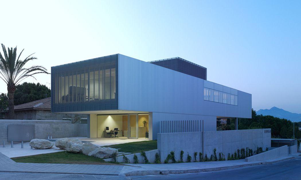 Javier garcia solera edificio de oficinas benigar en for Oficinas bankia alicante