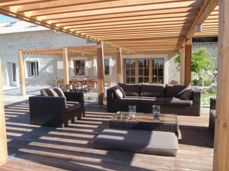 terrasse avec pergola en bois pergola pinterest. Black Bedroom Furniture Sets. Home Design Ideas