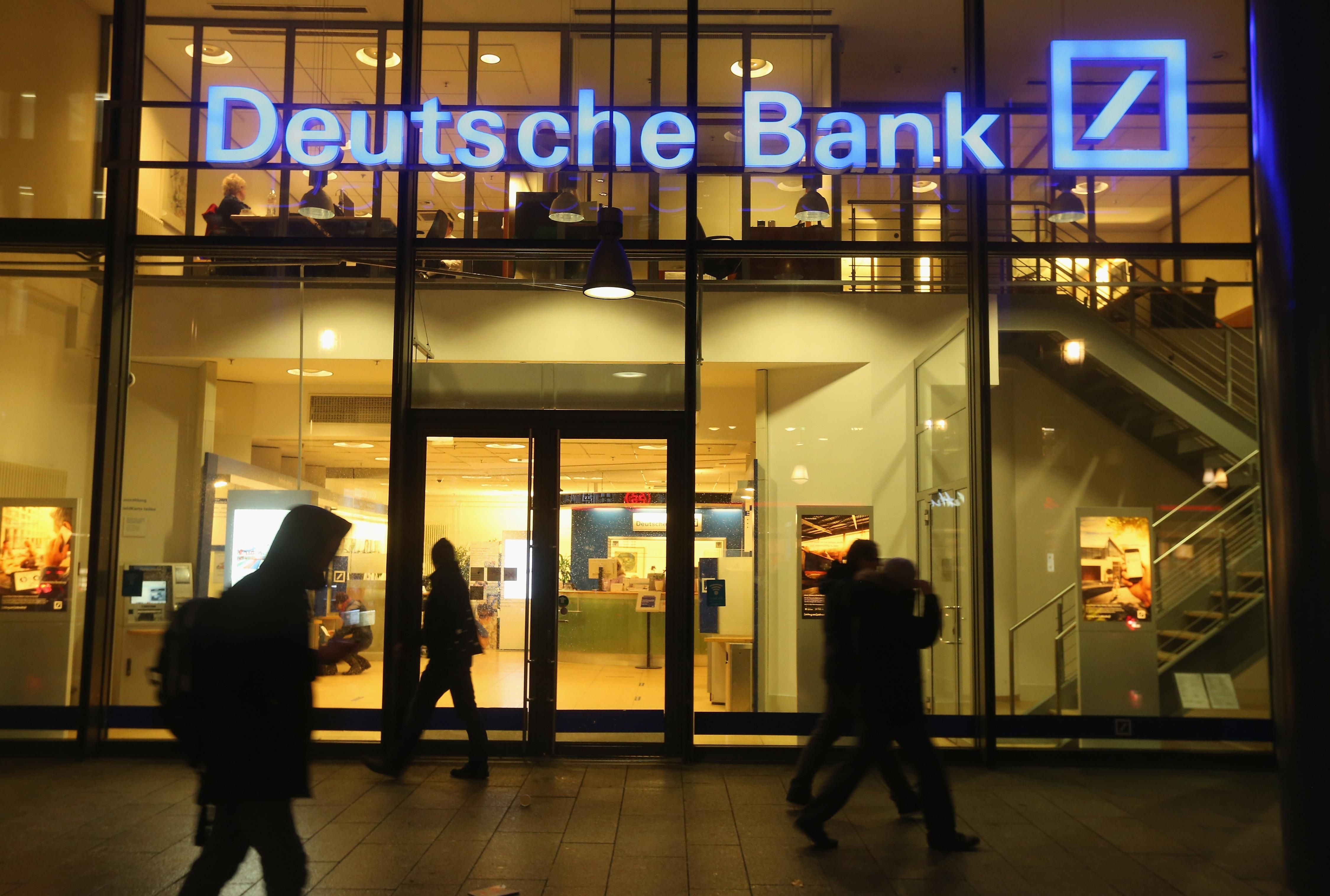 Deutsche Bank Audit Banking, Administration, Offshore bank