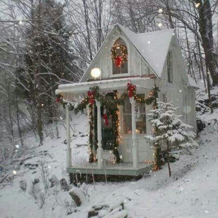 Pin By Mariam Foss On Christmas Elegance Cottage Christmas Christmas Snow Cottage