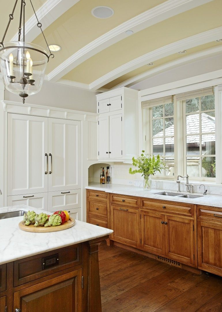 Vaulted Ceiling English Country Kitchen Kitchen Cabinet Styles