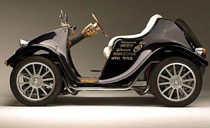 Japanese Steampunk Style Mini Electric Car Bilar