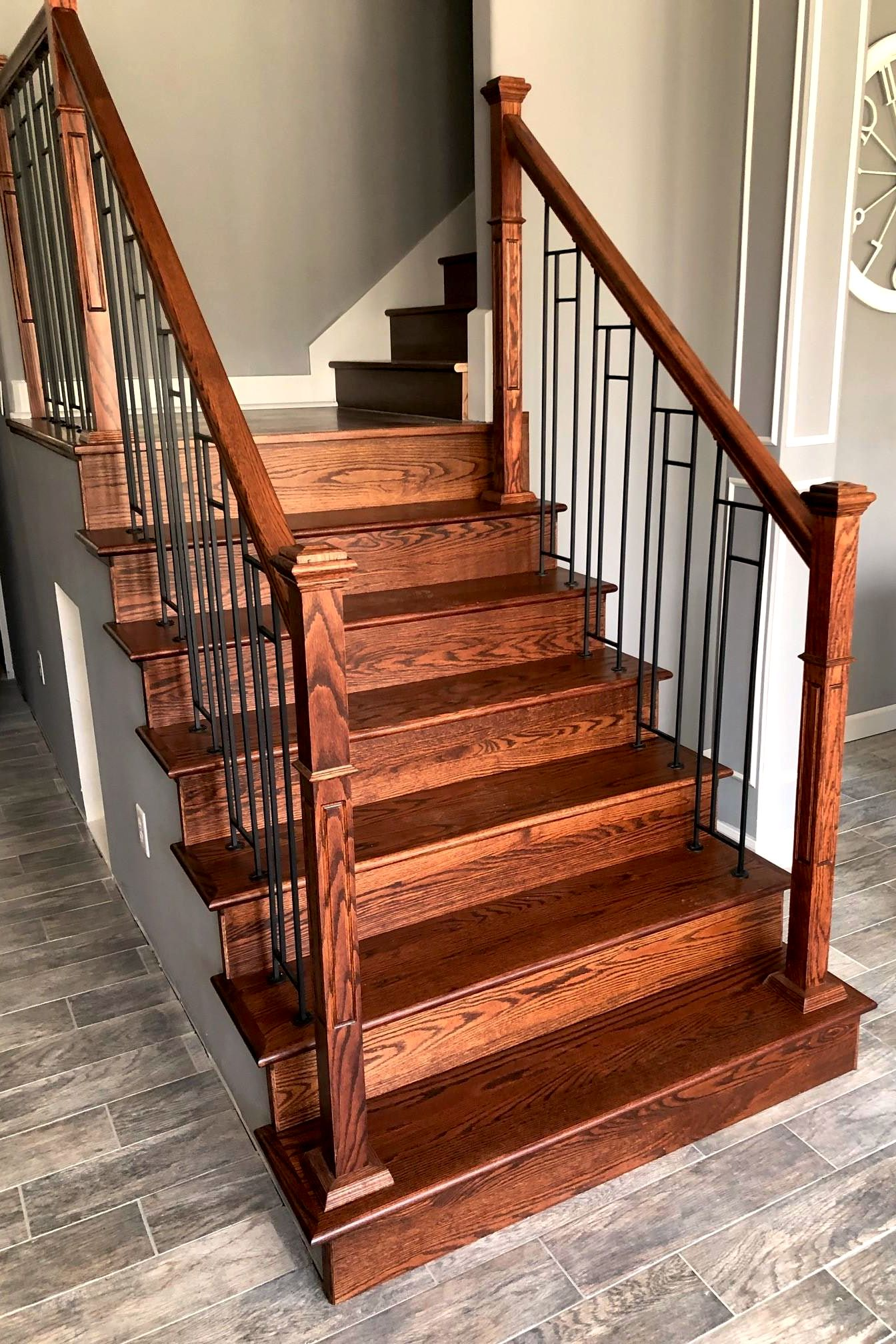 Best Red Oak Stair Riser In 2020 Stairs Treads And Risers 400 x 300