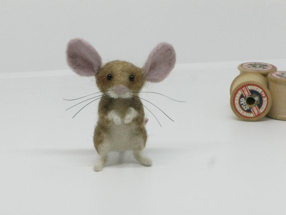 Needlefelt Mouse Needle Felted Animal Dolls House Figure by Loosemoosey #dollsneedlefelt