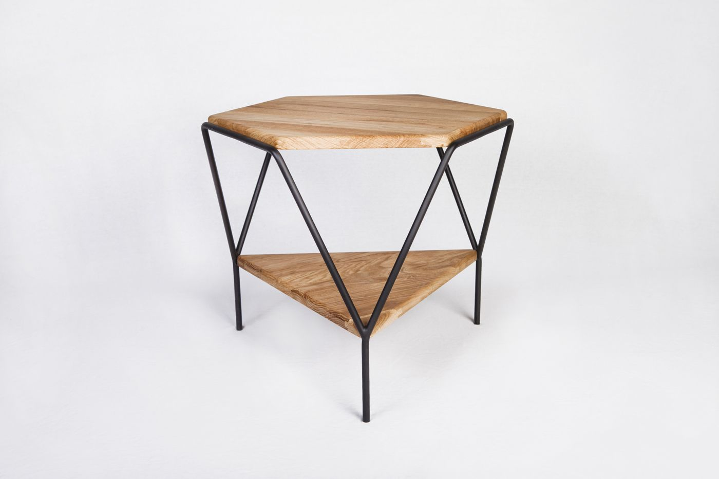 Jordi Lopez Aguilo_collection Y_side Table Y_main View Clean  # Muebles Geometricos