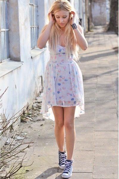 2converse dress