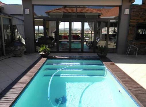 4 Bedroom House For Sale In Woodland Hills, Bloemfontein Property24.com