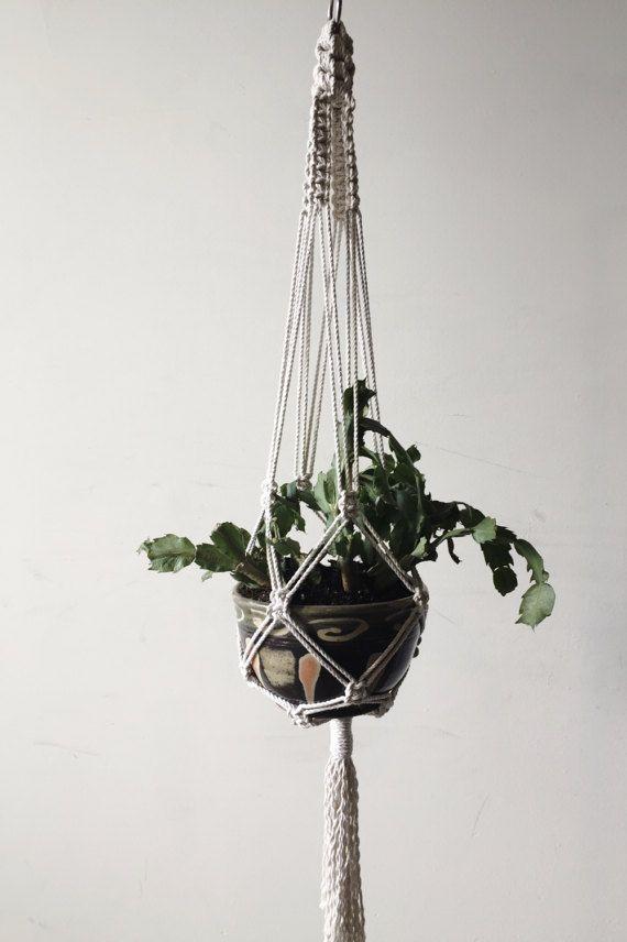 Macrame Plant Hanger / Modern Macrame / Macrame Plant Holder / Plant Hanger / Plant Holder / Bohemian / Minimalist