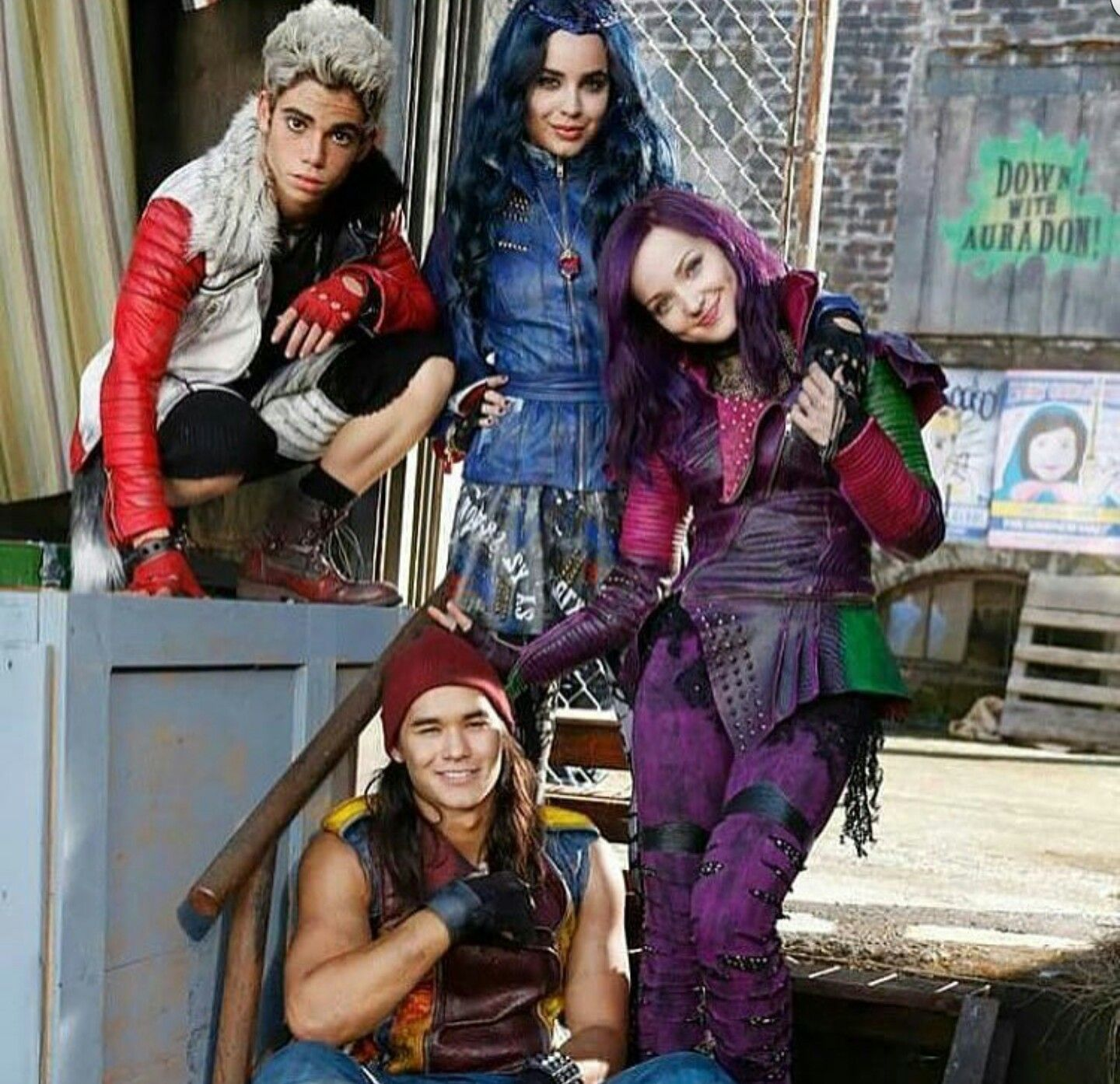 Best movie ever Disney descendants movie, Disney
