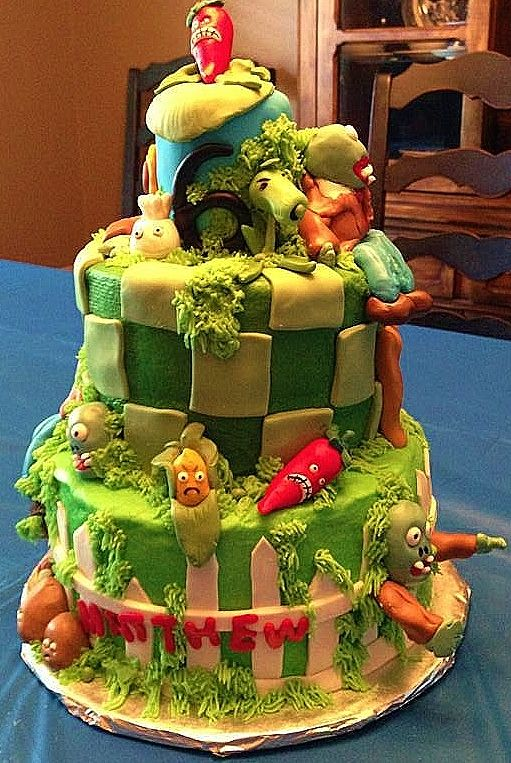 Plants vs Zombies birthday cake Sassy Gals Cakes Pinterest