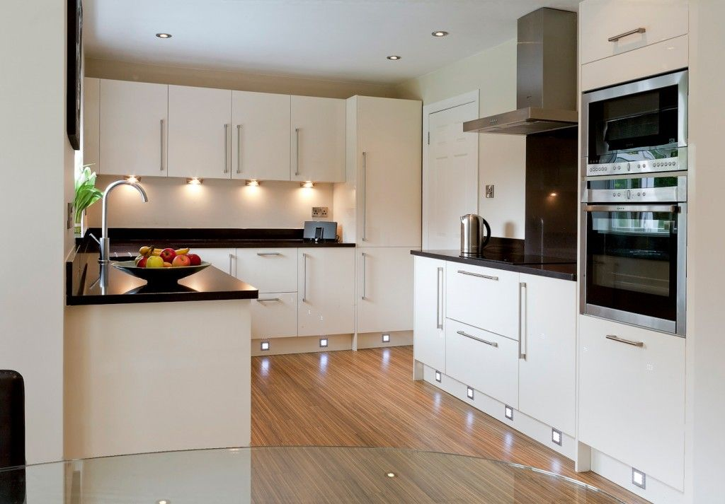 Mr & Mrs Oldfield, kitchen in Lostock - Bathrooms and Kitchens ...