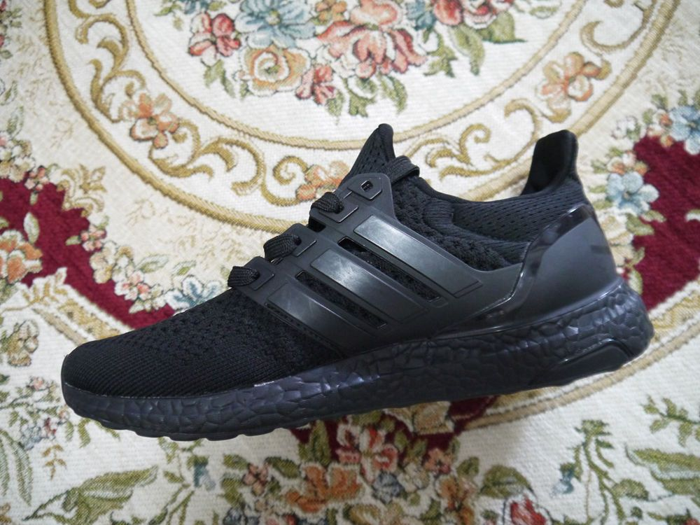 ef06a0629 Mens Shoes LifeStyle Shoes (Size 8.5) Adidas Ultra Boost 3.0