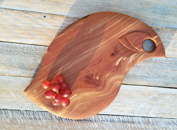 Serving Board Wood Serving Board Handmade Serving Board Handcrafted From Red Cedar 도마