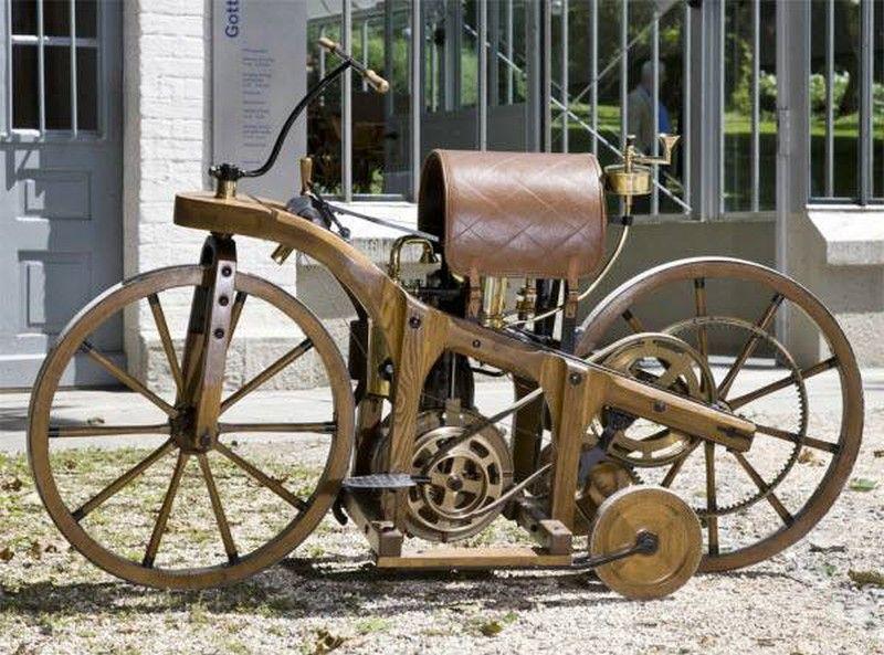 In 1885 Gottlieb Daimler Built His First Bike Wooden Bike The