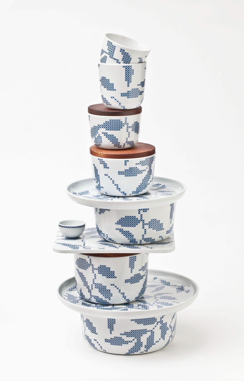 'Stitches' kitchenware by the Danist ceramist Gry Fager