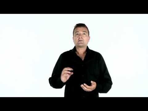I portali del franchising - In questo video Giuseppe Nappi il cofondatore di Franchising Manager illustra come utilizzare i portali del franchising por reperire informazioni utili sui diversi progetti franchising. Per info 800129772 o visita www.franchisingmanager.it