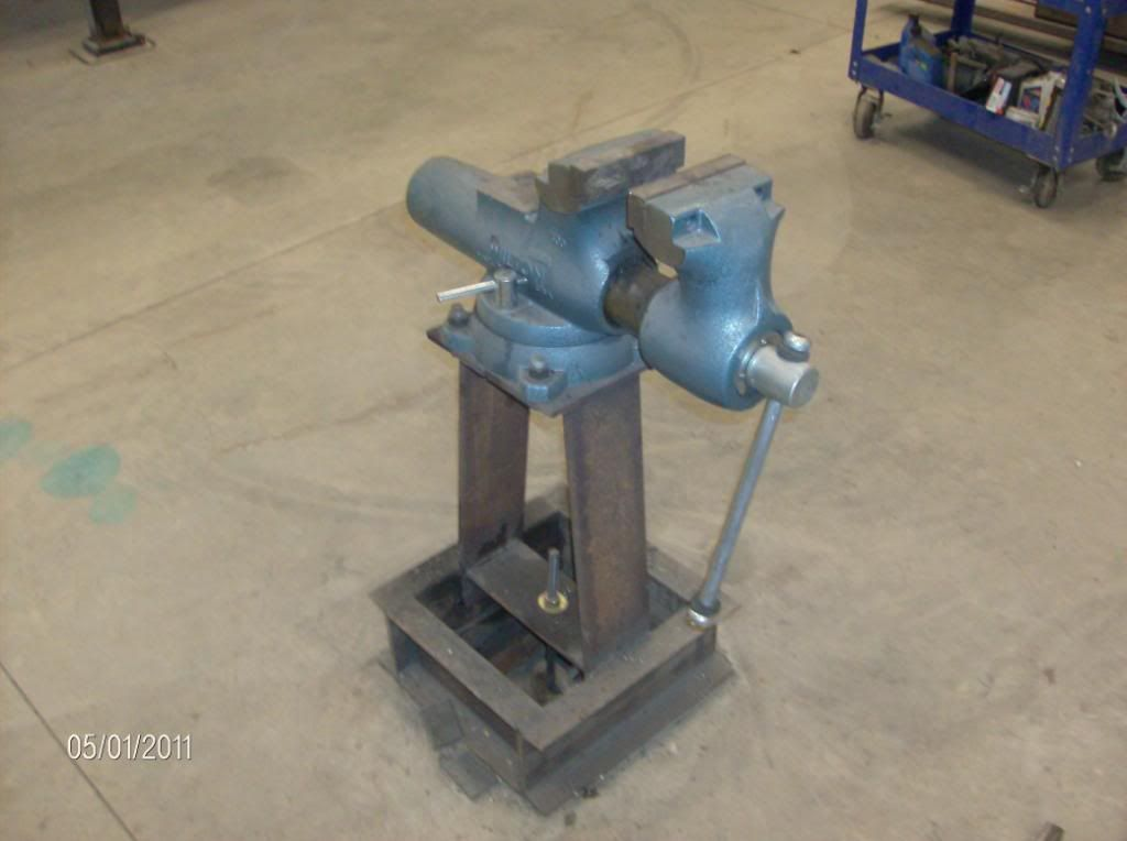 Viewing A Thread Shop Floor Anchors Grinder Stand Vise Stand
