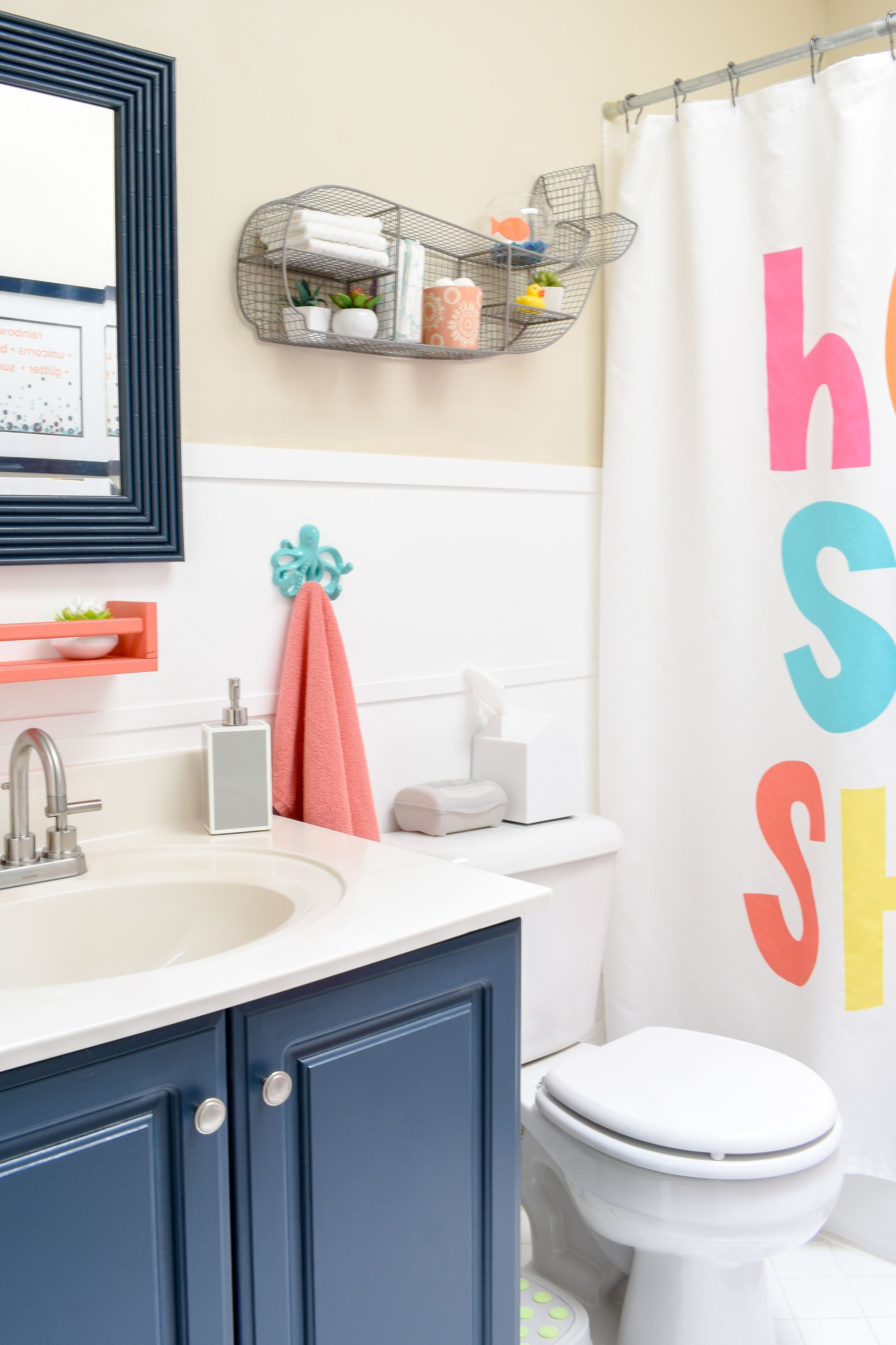 One Day Makeover Staging A Kid S Bathroom To Sell In Just 8 Hours
