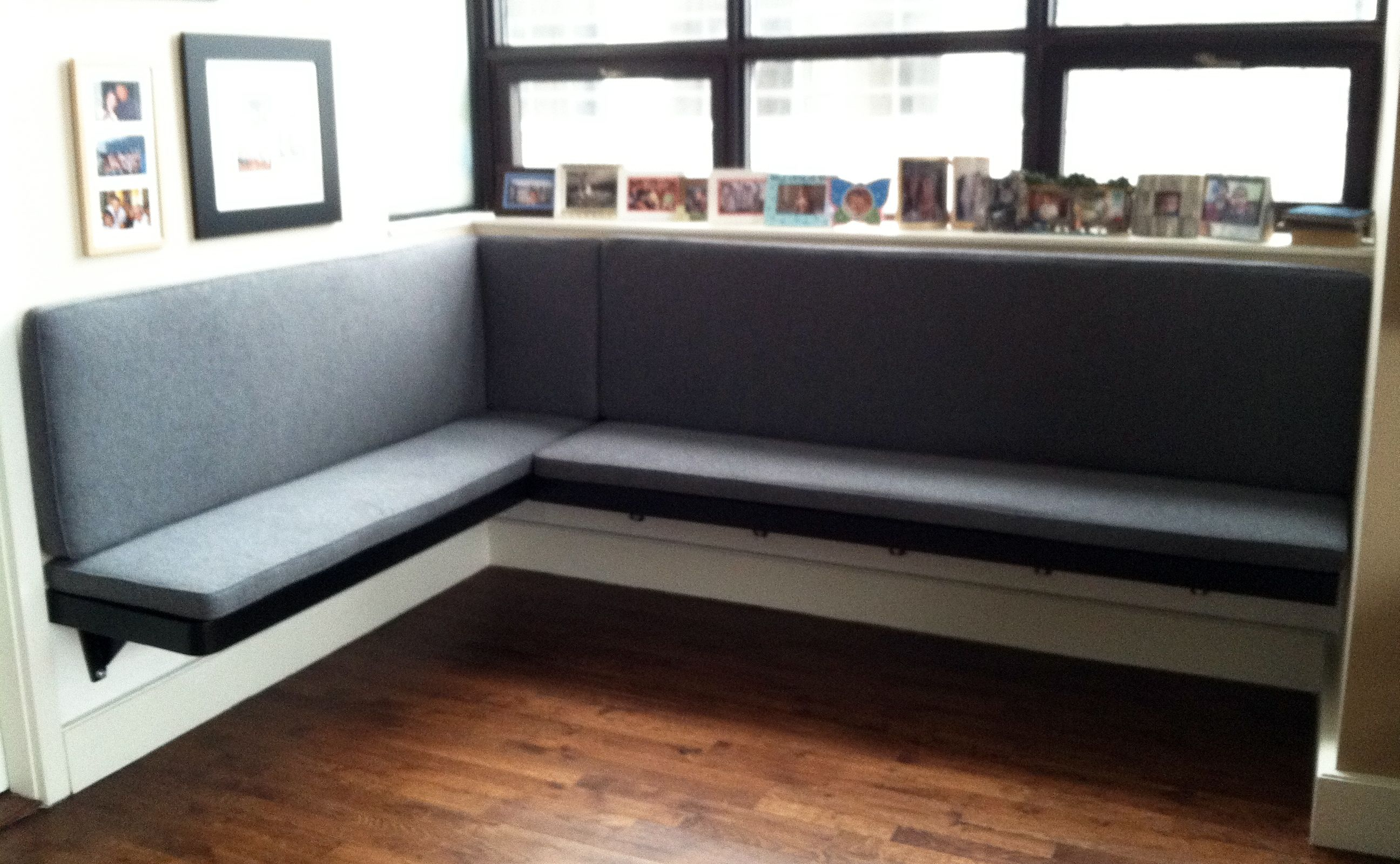 Build Floating Banquette Google Search Banquette Seating In