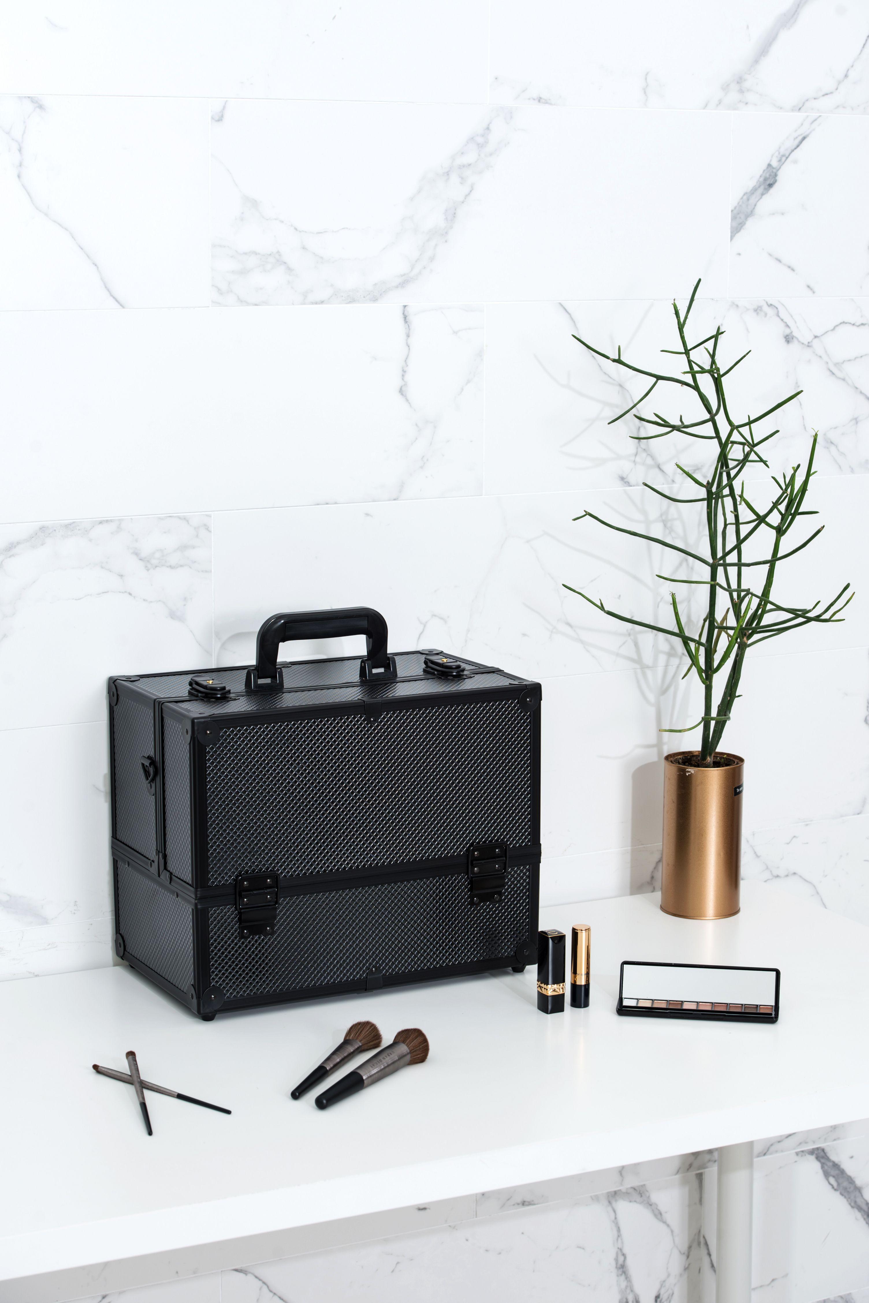 97ded1d0b743 Black Diamond Professional Makeup Train Case Large Storage Cosmetic ...