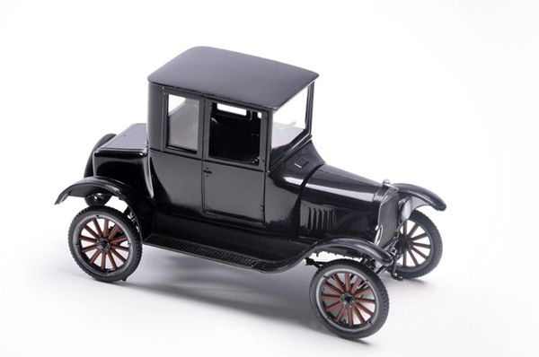 Amt S 1925 Ford Model T Trophy Series Double Kit Is One Of The