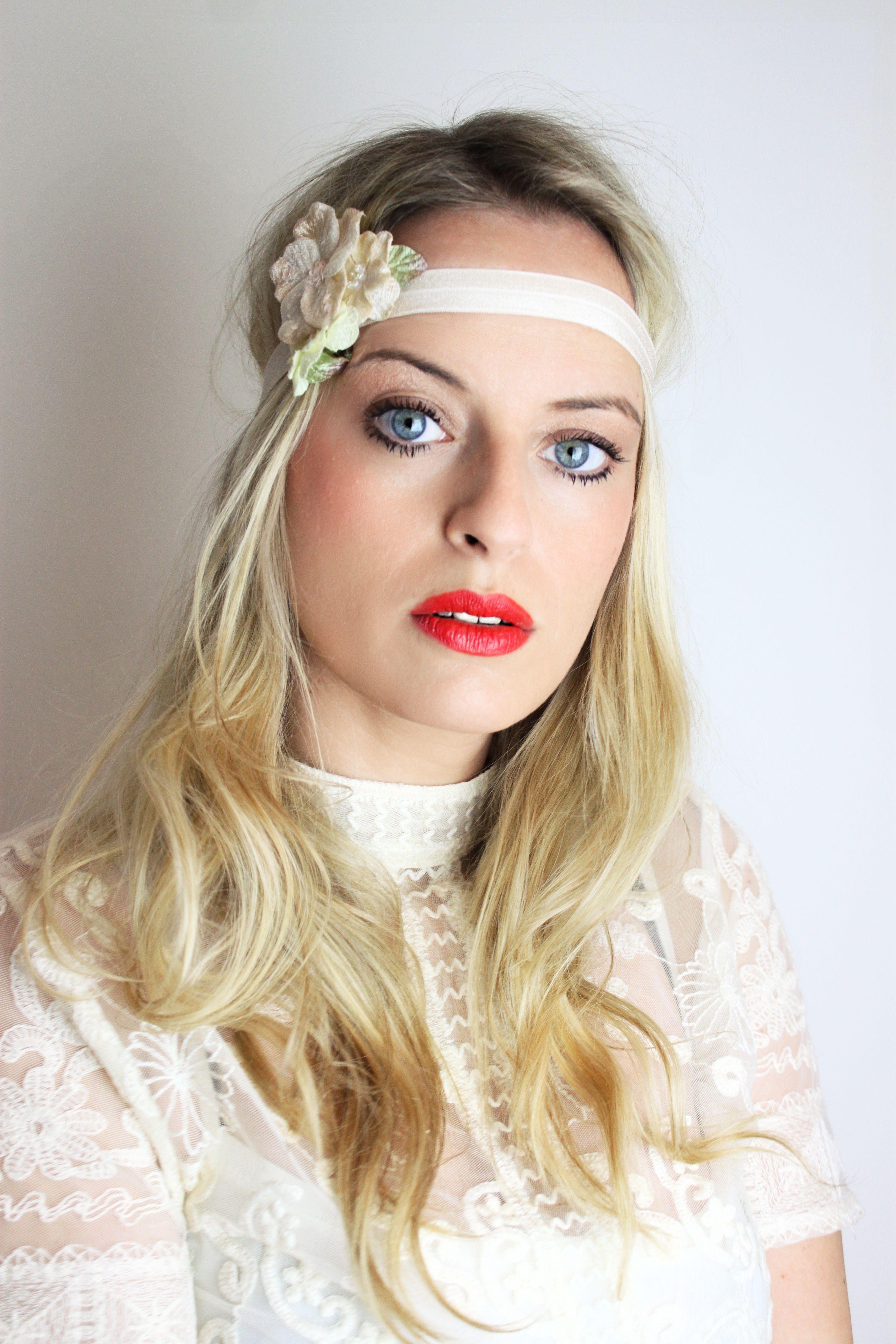 Haarband mit Blüte haarband blüte blütenclip haarspange