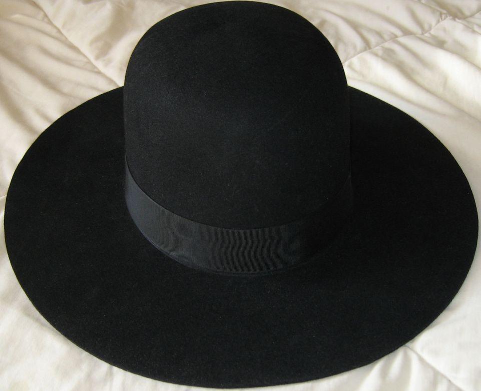 secret window hat