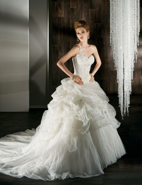 Demetrios bride: find the perfect wedding gowns, evening dresses the ...