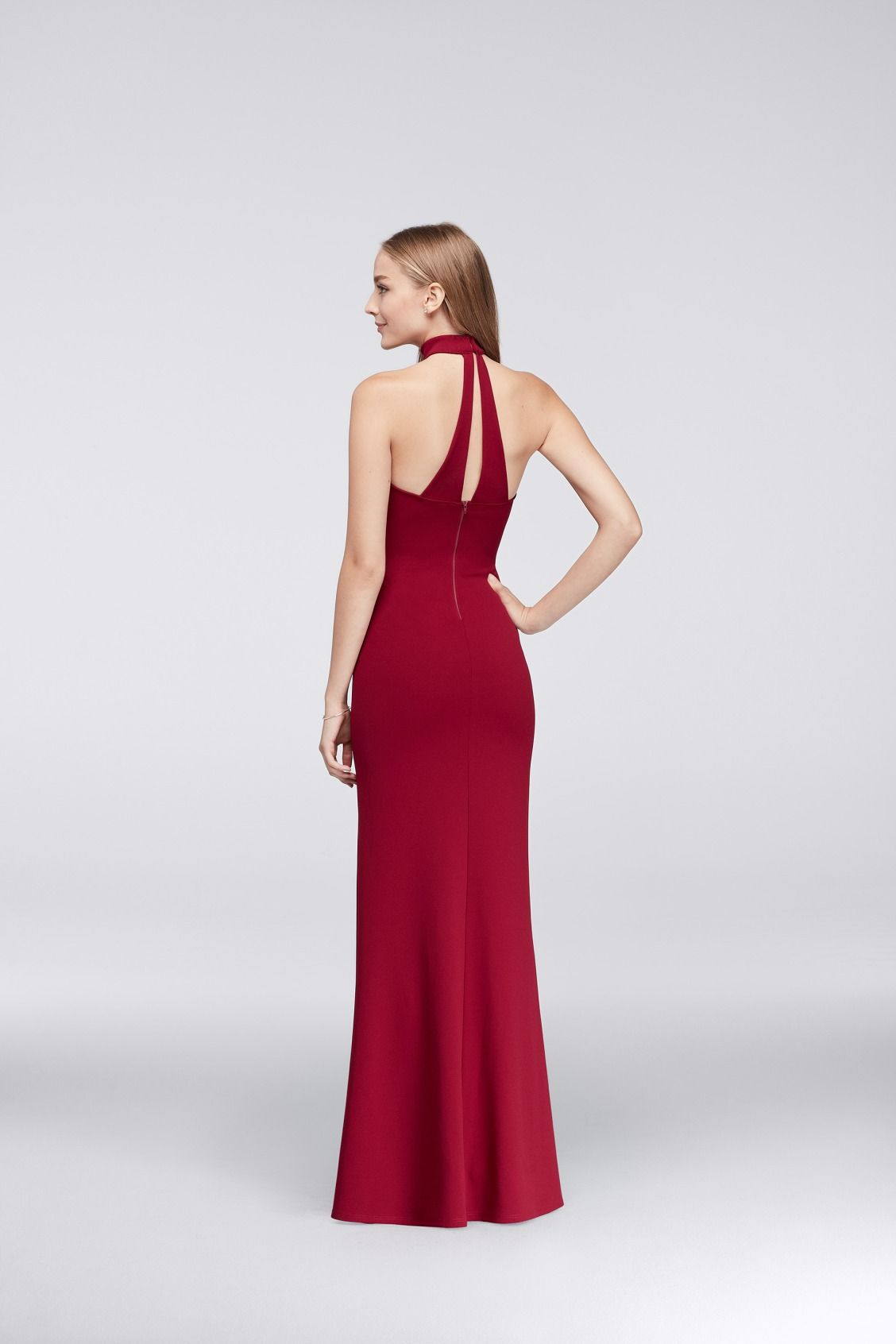 An attached choker stays in place thanks to sleek back straps an attached choker stays in place thanks to sleek back straps burgundy prom dress from ombrellifo Images