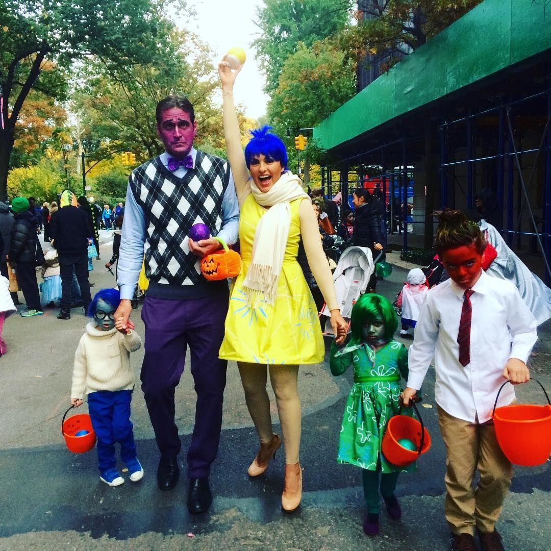 Peter Hermann and Mariska Hargitay Family Halloween Costumes | POPSUGAR Celebrity  sc 1 st  Pinterest & Peter Hermann and Mariska Hargitay Family Halloween Costumes ...