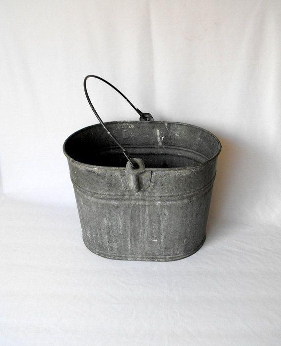 Vintage Pail Oval Galvanized Basin With Metal Handle Bucket Wash Tub Farm Decor Mop Bucket Photo Prop 35 Farm Decor Basin Pail