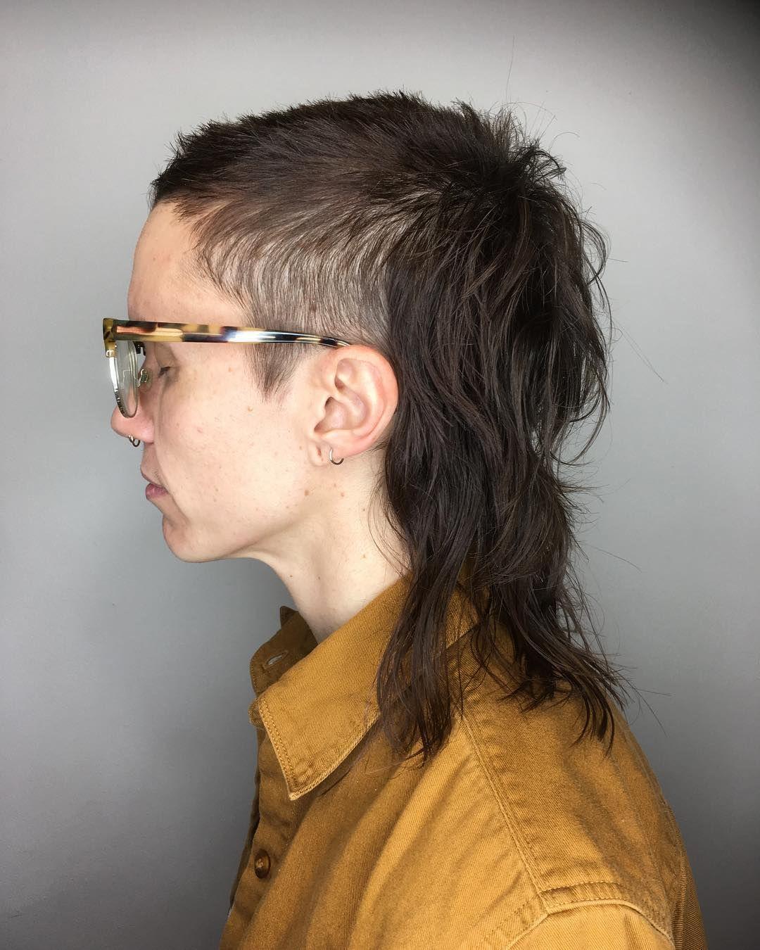 """Salem Renner auf Instagram: """"Ich liebe Skullets und @drkflff. . . . #skullet #mullet #haircut #queer #nonbinary """""""