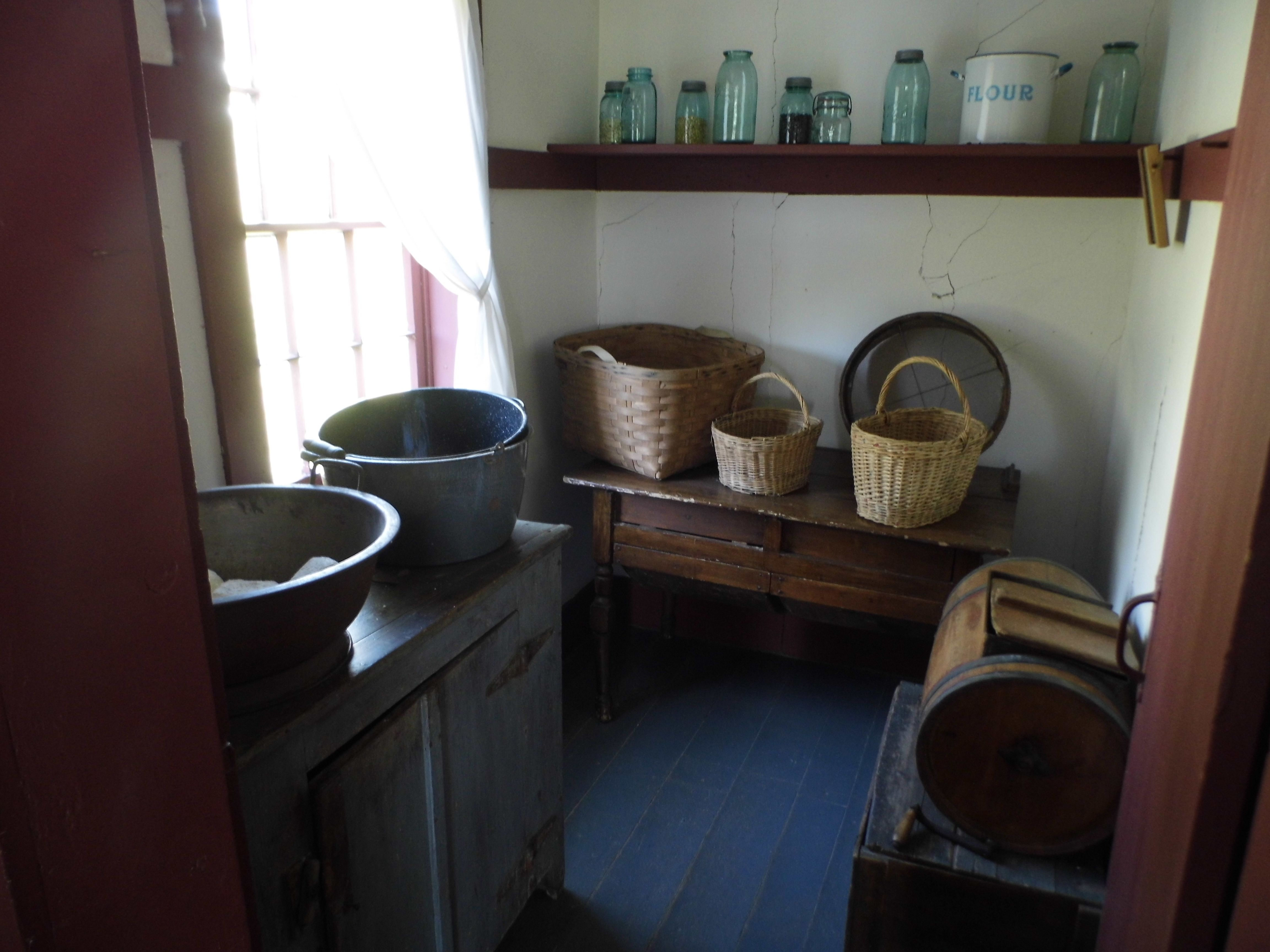 Lovely The Pantry ~ Amish Home Inside ~ Sarahu0027s Country Kitchen ~