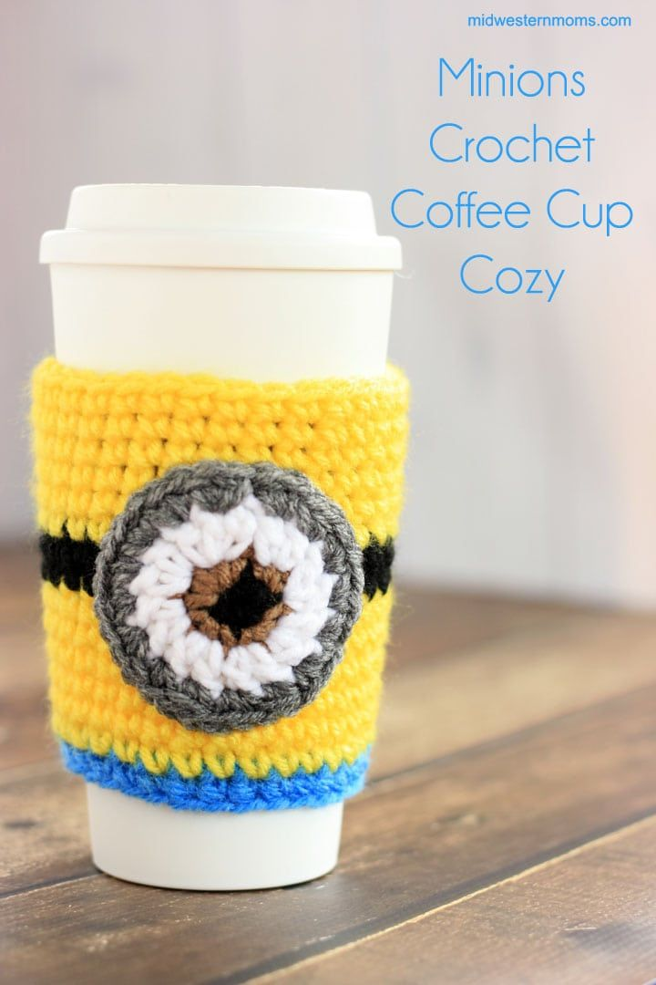 Crochet Minions Coffee Cup Cozy Pattern | Tejido
