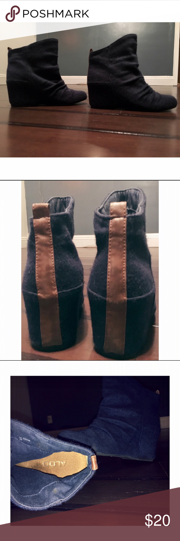 Aldo concealed heeled bootie size 8 Knit material in Navy blue with brown leather trim. Aldo Shoes Heeled Boots