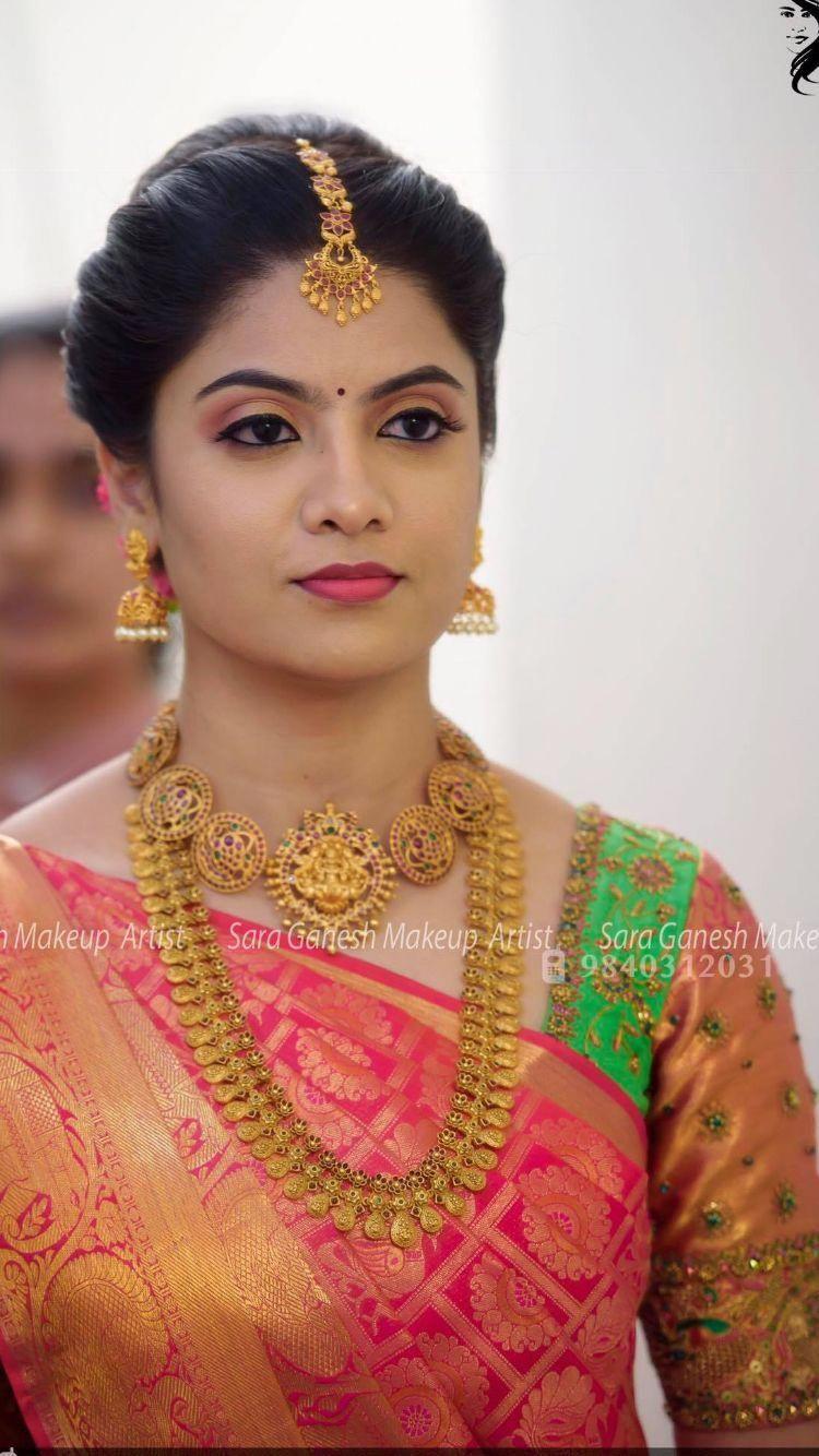 Bridaljewellerybroochbouquets Bridal Hairstyle Indian Wedding Engagement Hairstyles Bridal Hair Buns