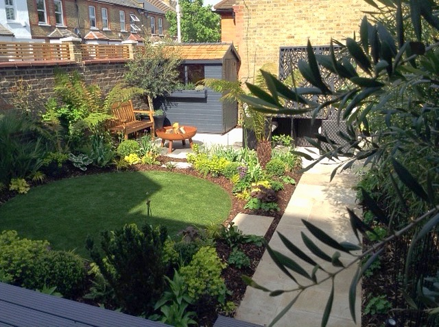 A Fabulous North Facing London Garden in 2020 | Small ...