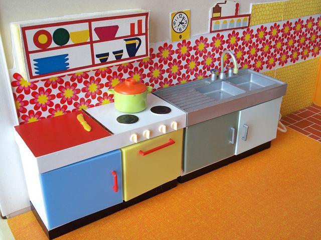 1960er Modella Küche - 60s Modella kitchen 2 by diepuppenstubensammlerin, via Flickr