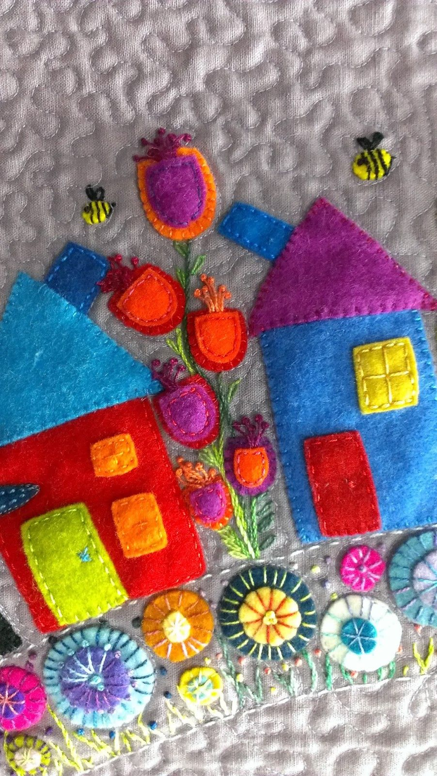 close up round the garden quilt workshop with wendy williams as