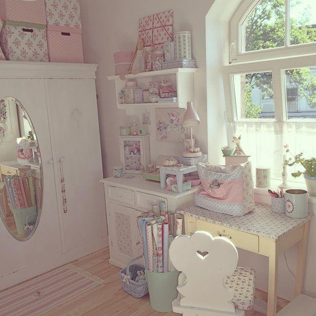 um blog sobre coisas lindas e bem mulherzinha shabby chic pinterest. Black Bedroom Furniture Sets. Home Design Ideas