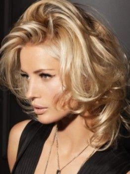 Coafuri Elegante Par Mediu Coafuri In 2019 Medium Hair