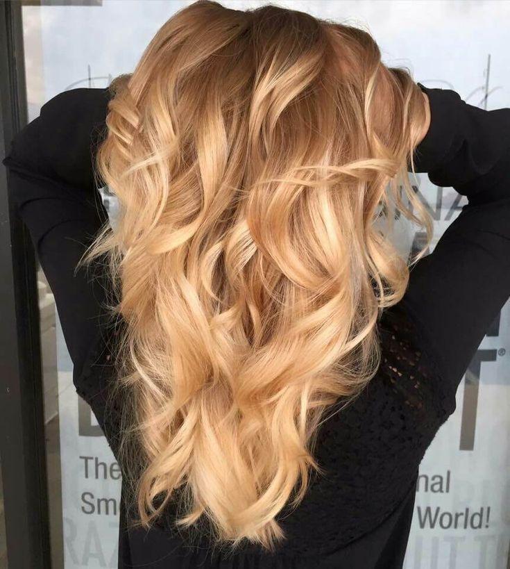 25 Honig Blonde Haircolor Ideen, die einfach wunderschön sind | warm honey blonde hair balayage natu...
