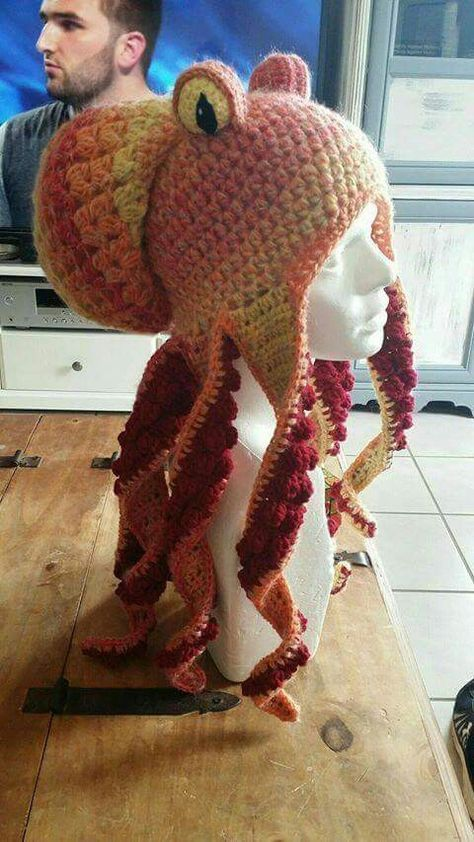 FREE pattern octopus hat   Builds   Pinterest   Hüte, Mütze und Schals