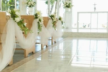 Church pew decorations pew decorations church pew decorations and pew decorations are an integral aspect of decorations in a church wedding this write up gives a few interesting ways to decorate church pews junglespirit Choice Image