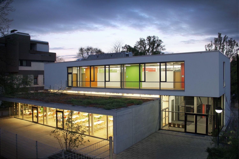 Weber Und Partner mensa mit klassenräumen schulerweiterung werner heisenberg